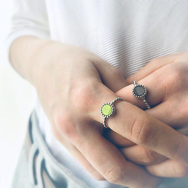 925 sterling zilver balletjes ring (fijn) met vaste kleur kasminis