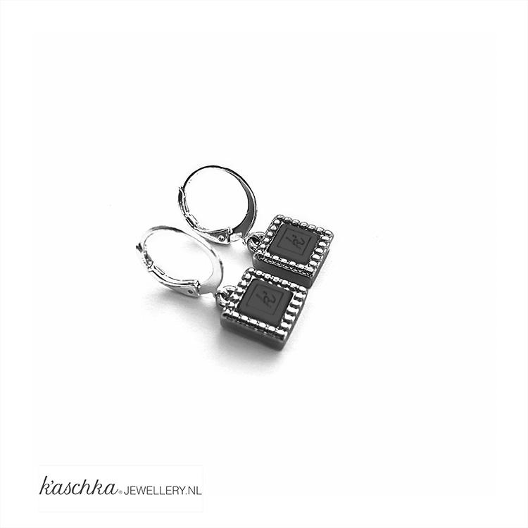 Zilver plated oorbel hanger kasminis vierkant